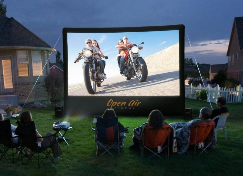 Open Air Cinebox Inflatable Screen