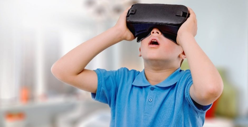 VR Amazed Boy Kid