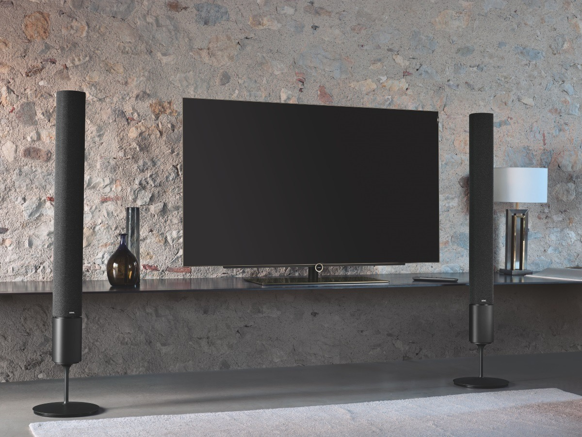 Minimalistic-Home-Cinema-Setup